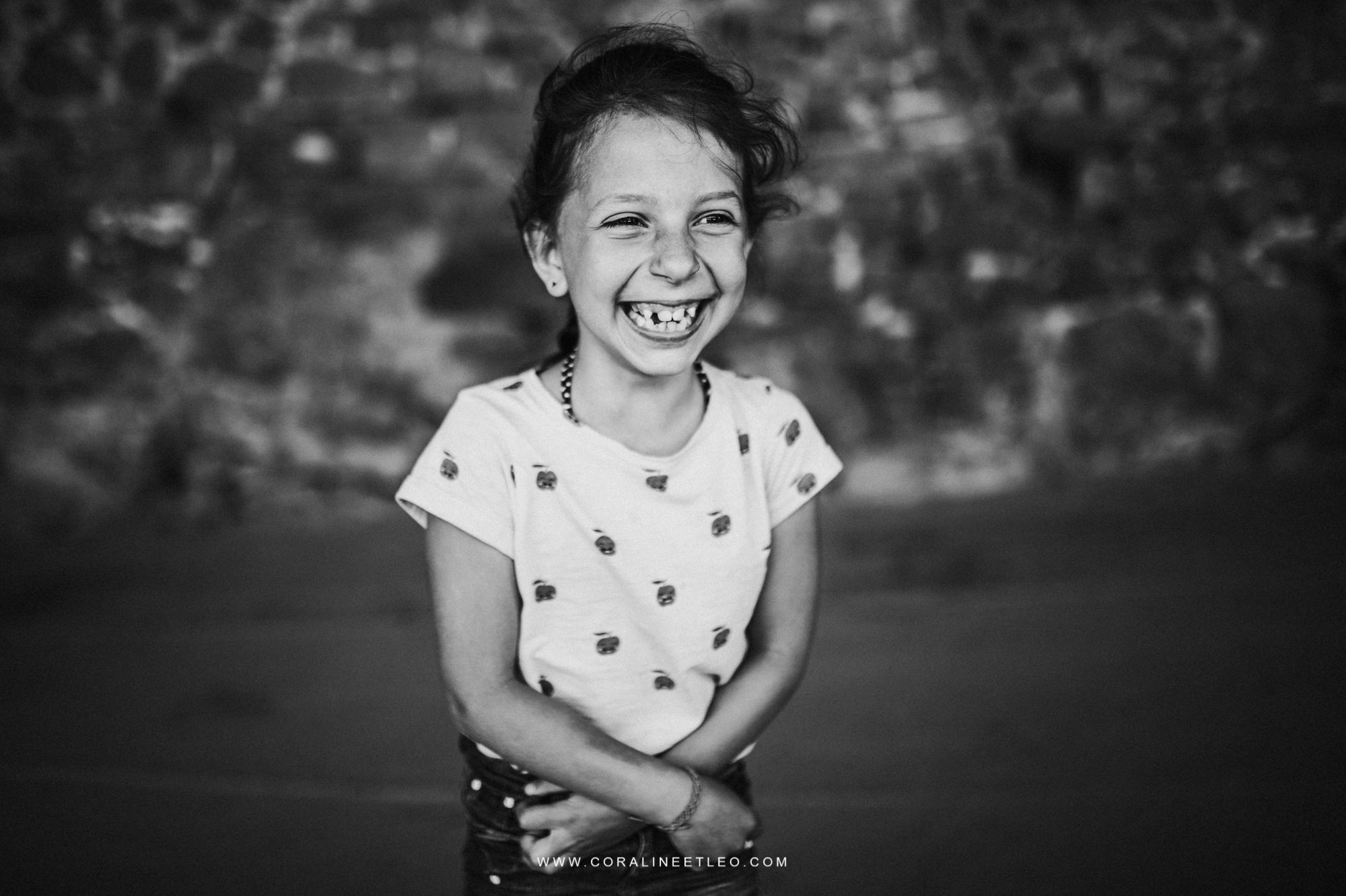 Portrait enfant lumière naturelle photographes Ferme de Renouville